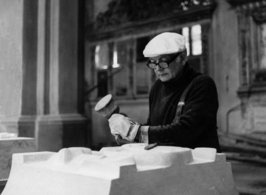 Hans Kock, Arbeit am Altar im Greifswalder Dom